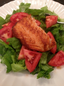 butter lettuce salad with tomatoes and salmon