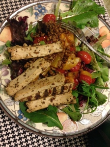 salad with beyond meat chicken strips, tomatoes and peppers