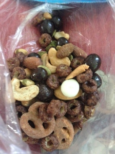 dark chocolate espresso beans, pumpkin almonds, pretzels, love grown chocolate powder o's, cashews, pumpkin seeds